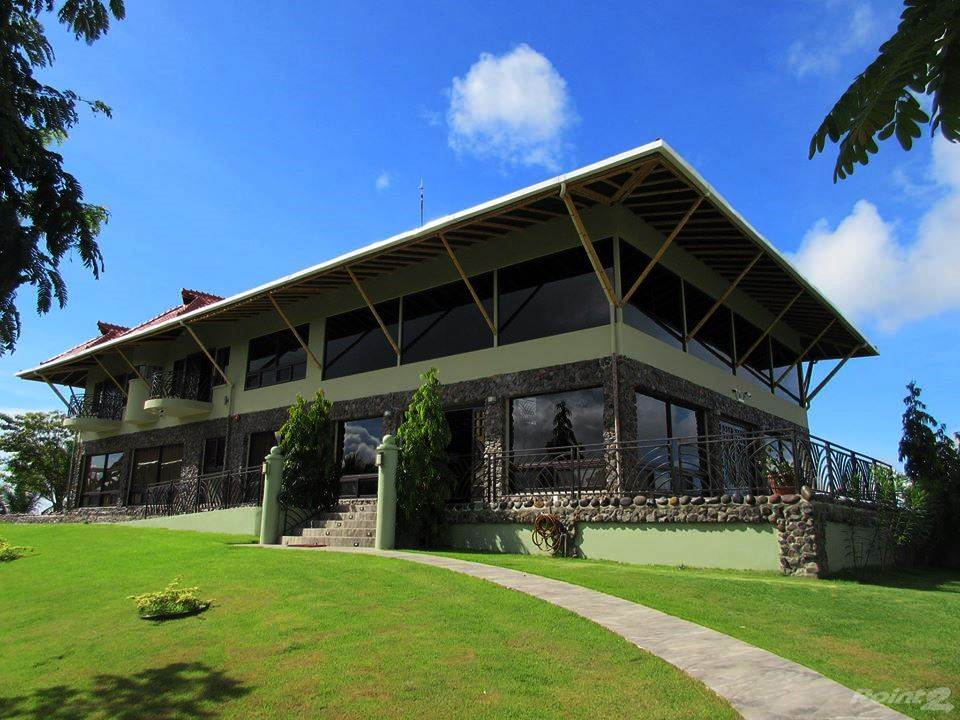 Domy i lokale mieszkalne w Estate with Superior Residence or Hotel on 50 Hectares with Landing Strip, Chiriqui, Chiriquí   , Panama